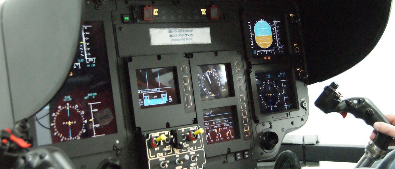 EC 135 Pro in einem professionellen Cockpit